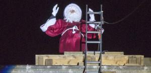Descente du Père Noël du haut du Palais des Ducs