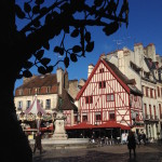 Rassemblement à Dijon contre l'antisémitisme