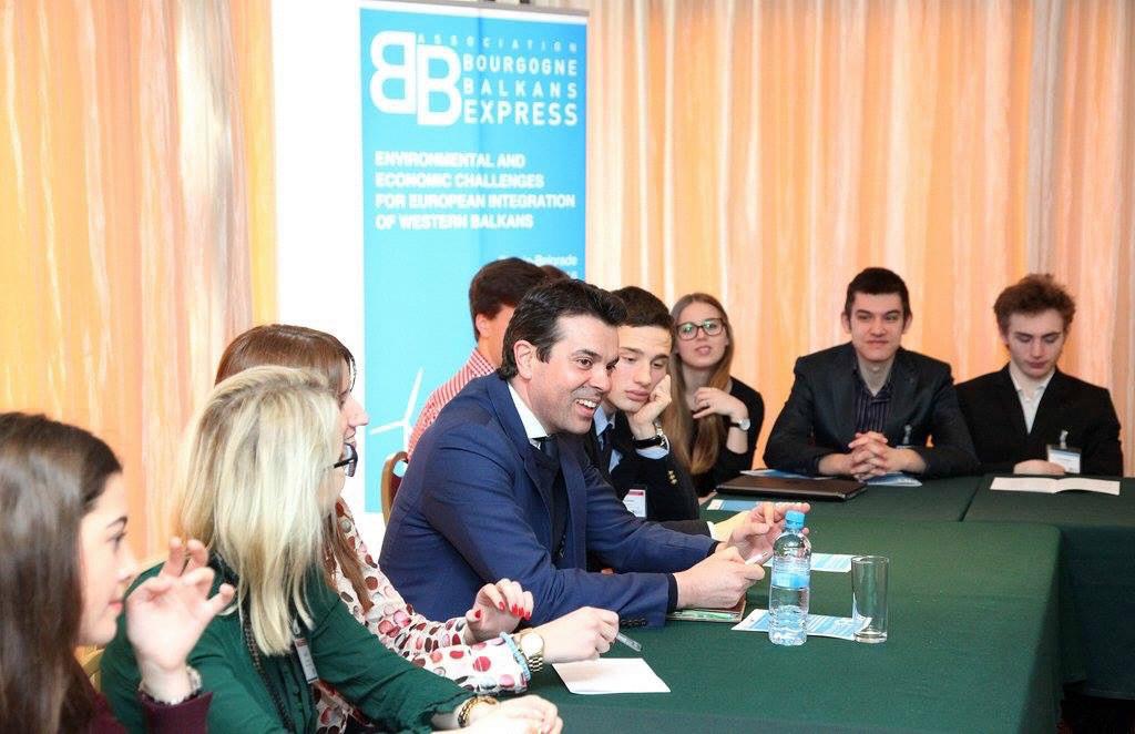 Conférence avec Nikola Popovski (Ministre des Affaires Étrangères de Macédoine)