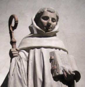 Statue de saint Bernard dans l'église de sa ville natale, Fontaine-lès-Dijon. Photo © Arnaud25 Wikimedia Commons