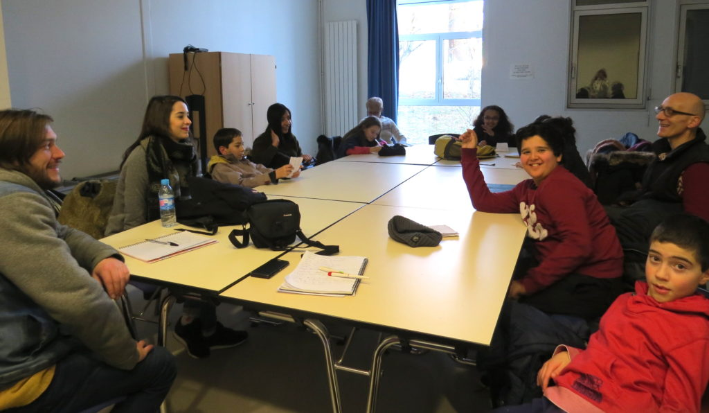 groupe-jeunes-talant-redaction