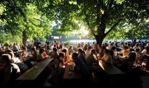 Biergarten – Bières & saucisses allemandes