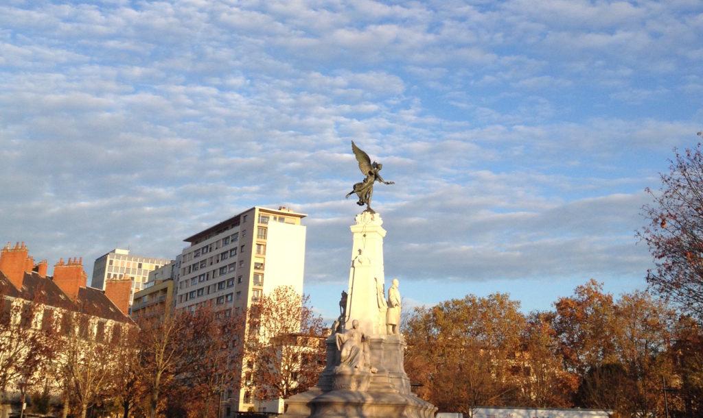Place de la République à Dijon © BC - Jondi