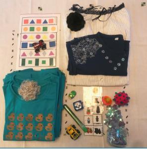 Vente de vêtements «uniques» au profit de l'autisme