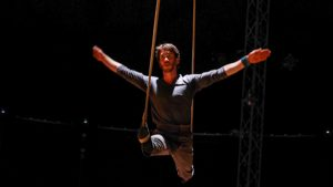 Prise de Cirq' – Spectacle « Vol d'Usage »