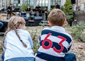 Musique à cour et jardin – A vous de jouer !