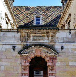 Exposition pour célébrer le cinquantenaire d'Accueil des Villes française Dijon