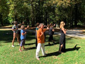 Méditation dynamique : Méditer en mouvement pour libérer le corps
