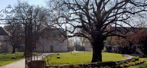 Insolites : le parc du château de Pouilly «en par 3»