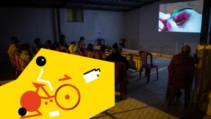 Cinéma à vélo dans l'atelier