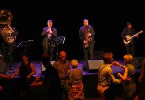 Concert dansant – Kat Dixies