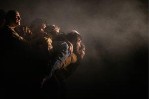 Théâtre – Sous d'autres cieux