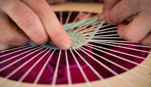 Chantier tissus, couture et création de guirlandes en tout genre – ANNULÉ